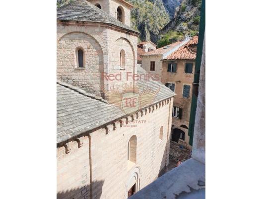 Kotor Eski Kent merkezinde üç yatak odalı daire, Karadağ da satılık ev, Montenegro da satılık ev, Karadağ da satılık emlak