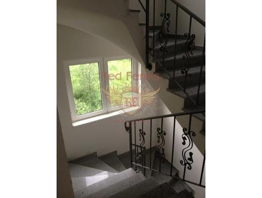 Prcanj'de güzel bir daire, Karadağ satılık evler, Karadağ da satılık daire, Karadağ da satılık daireler
