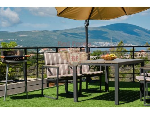 Tivat Tepesi, Kavac'taki Evler, Karadağ satılık ev, Karadağ satılık müstakil ev, Karadağ Ev Fiyatları