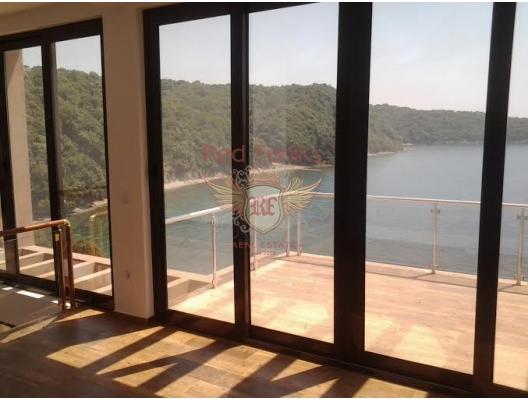 Kendi plajı ile harika villa, Karadağ Villa Fiyatları Karadağ da satılık ev, Montenegro da satılık ev, Karadağ satılık villa