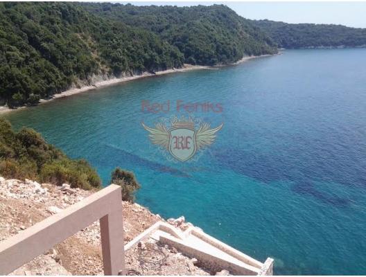 Kendi plajı ile harika villa, Karadağ satılık ev, Karadağ satılık müstakil ev, Karadağ Ev Fiyatları