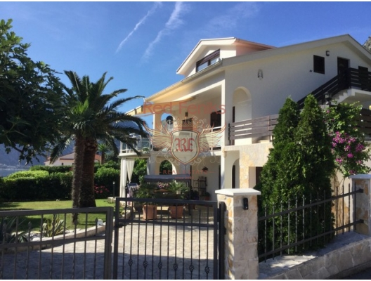 Magnificent villa in Prcani! High-quality materials.