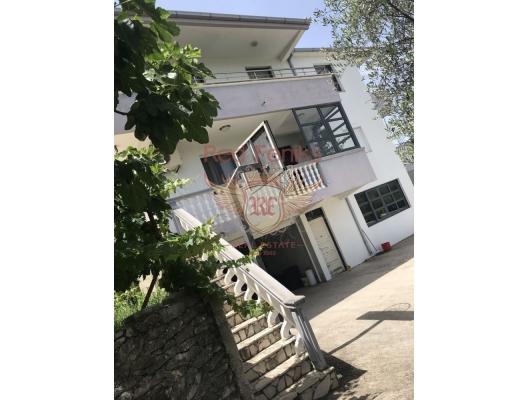 Ulcinj'de Müstakil Ev, Karadağ da satılık havuzlu villa, Karadağ da satılık deniz manzaralı villa, Bar satılık müstakil ev