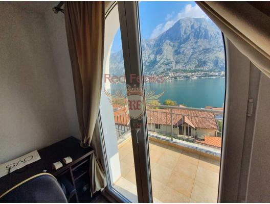 Two bedroom apartment for sale in complex, Muo, hotel residence for sale in Kotor-Bay, hotel room for sale in europe, hotel room in Europe