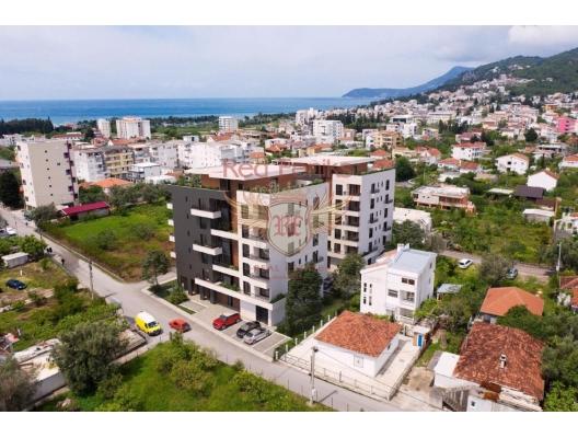 Ilino bölgesinde Bar şehir yapım aşamasında yeni bir binada satılık daireler.