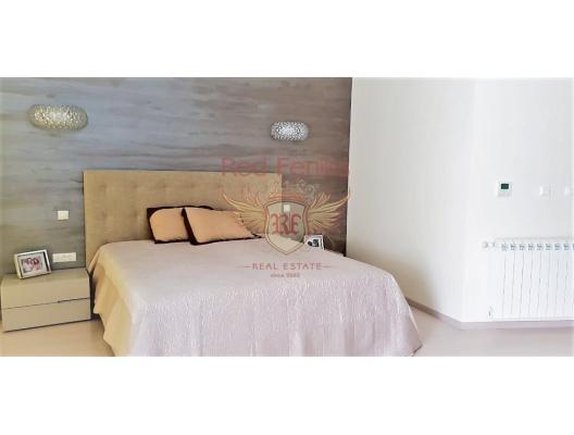 Herceg Novi, Njivice'de plajı ve havuzlu lüks villa, Herceg Novi satılık müstakil ev, Herceg Novi satılık villa