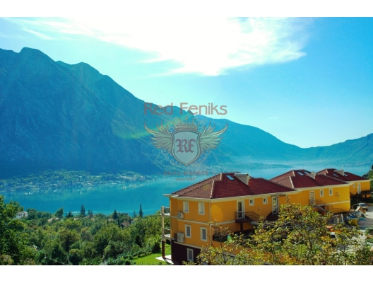 Four-bedroom townhouse with a pool in Orachovac, hotel in Montenegro for sale, hotel concept apartment for sale in Dobrota