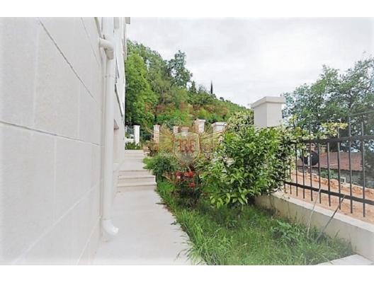 Budva Rivierası'nın güzel plajında deniz manzaralı lüks villa, Karadağ satılık ev, Karadağ satılık müstakil ev, Karadağ Ev Fiyatları