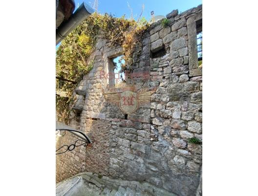 Kotor Eski Şehir'de Taş Ev, Karadağ Villa Fiyatları Karadağ da satılık ev, Montenegro da satılık ev, Karadağ satılık villa