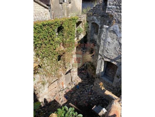 Kotor Eski Şehir'de Taş Ev, Dobrota satılık müstakil ev, Dobrota satılık müstakil ev, Kotor-Bay satılık villa