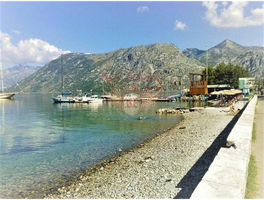 Boka koyunda deniz manzaralı iki yatak odalı daire, Montenegro da satılık emlak, Dobrota da satılık ev, Dobrota da satılık emlak