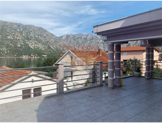 Beautiful villa with a pool and a sea view in Boka Bay SOLD, house near the sea Montenegro