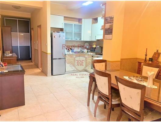 Ön cephede güzel ev, Karadağ satılık evler, Karadağ da satılık daire, Karadağ da satılık daireler