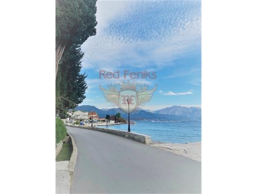 Ön cephede güzel ev, Kotor-Bay da ev fiyatları, Kotor-Bay satılık ev fiyatları, Kotor-Bay ev almak