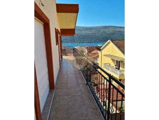 Duplex apartment with a sea view near Porto Novi, sea view apartment for sale in Montenegro, buy apartment in Baosici, house in Herceg Novi buy