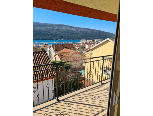 Duplex apartment with a sea view near Porto Novi, Montenegro real estate, property in Montenegro, flats in Herceg Novi, apartments in Herceg Novi